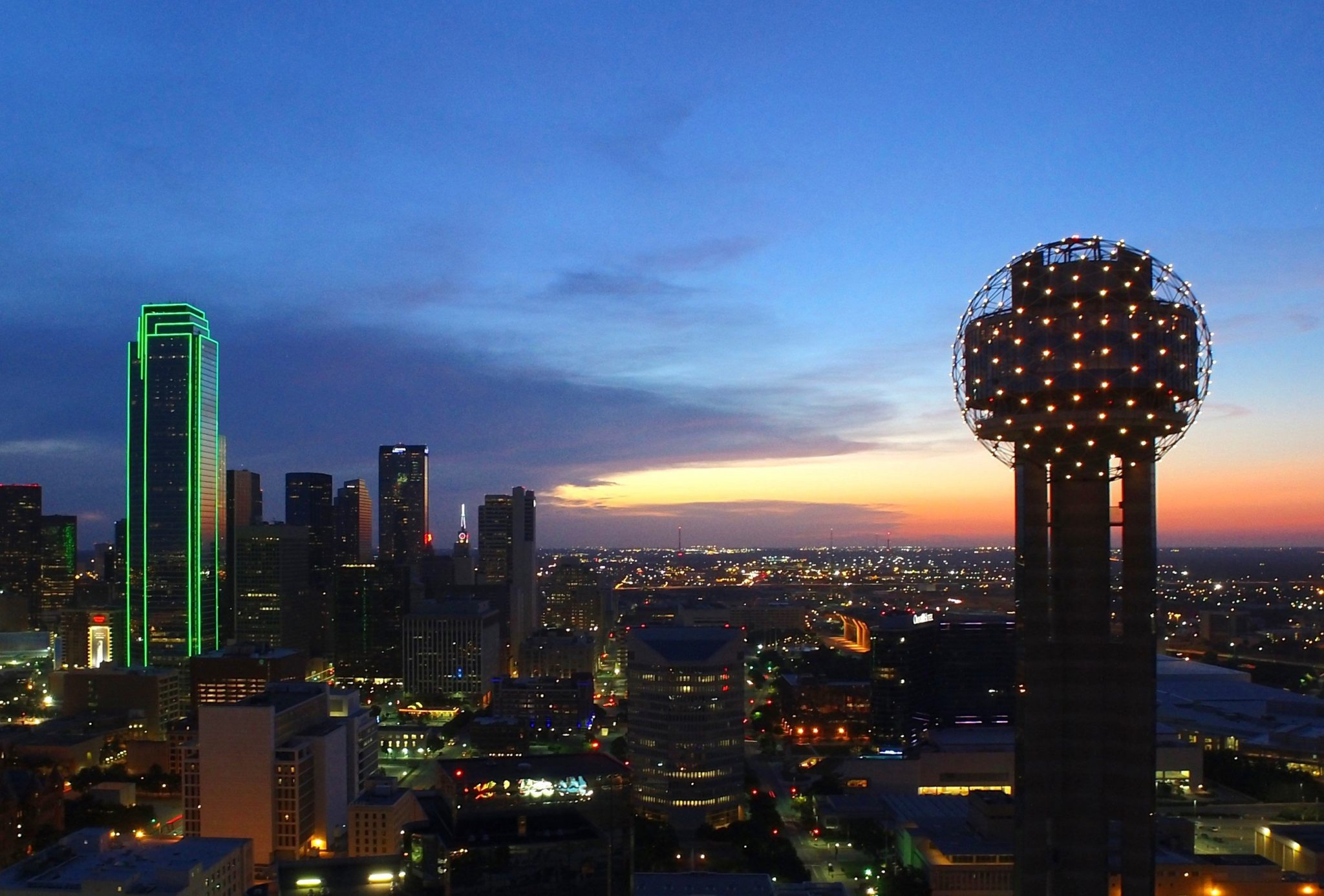 2 People Reunion Tower Wants You to Know