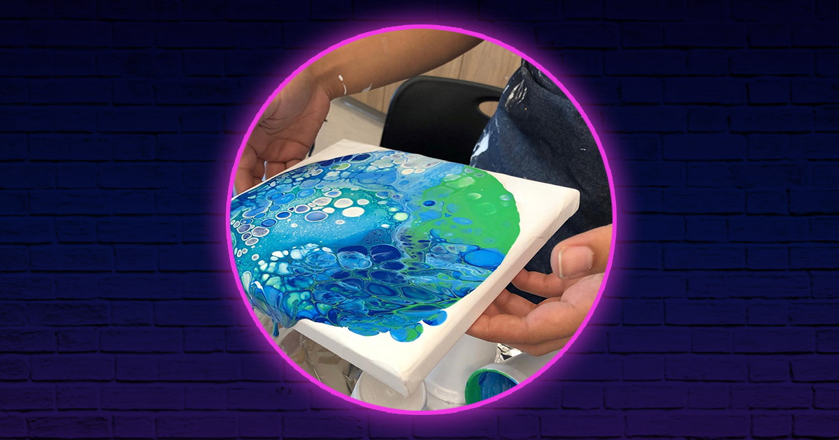 Acrylic Pouring – Flip Cup