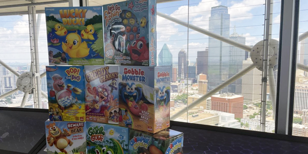 Reunion Tower Hosts Toy Shop On Top
